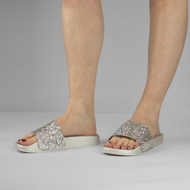 2f8b31e1c5c4a JASMINE Ladies Womens Glittery Slip On Slider Sandals Silver
